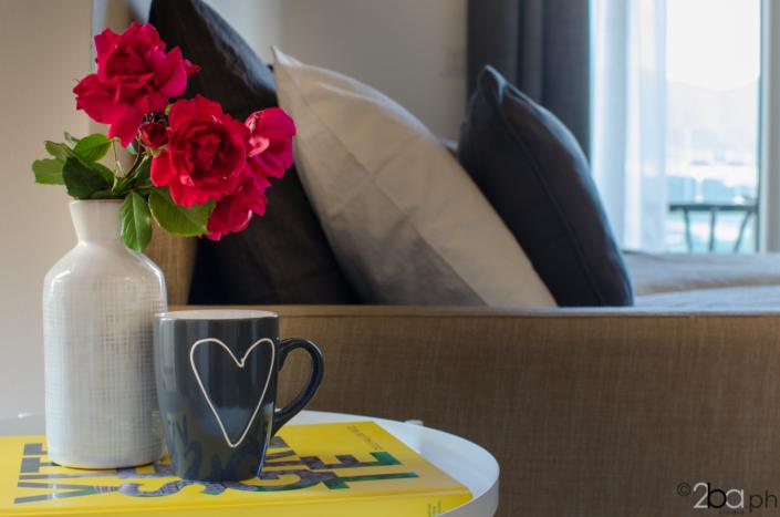 casa di montagna legno mansarda vacanza affitti brevi monolocale tavolino caffè