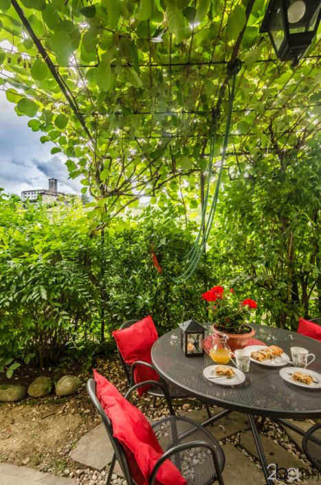 tavolo giardino casa campagna valle di non affitti brevi